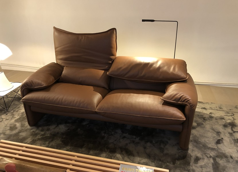 Cassina- tweezit Maralunga in leer
